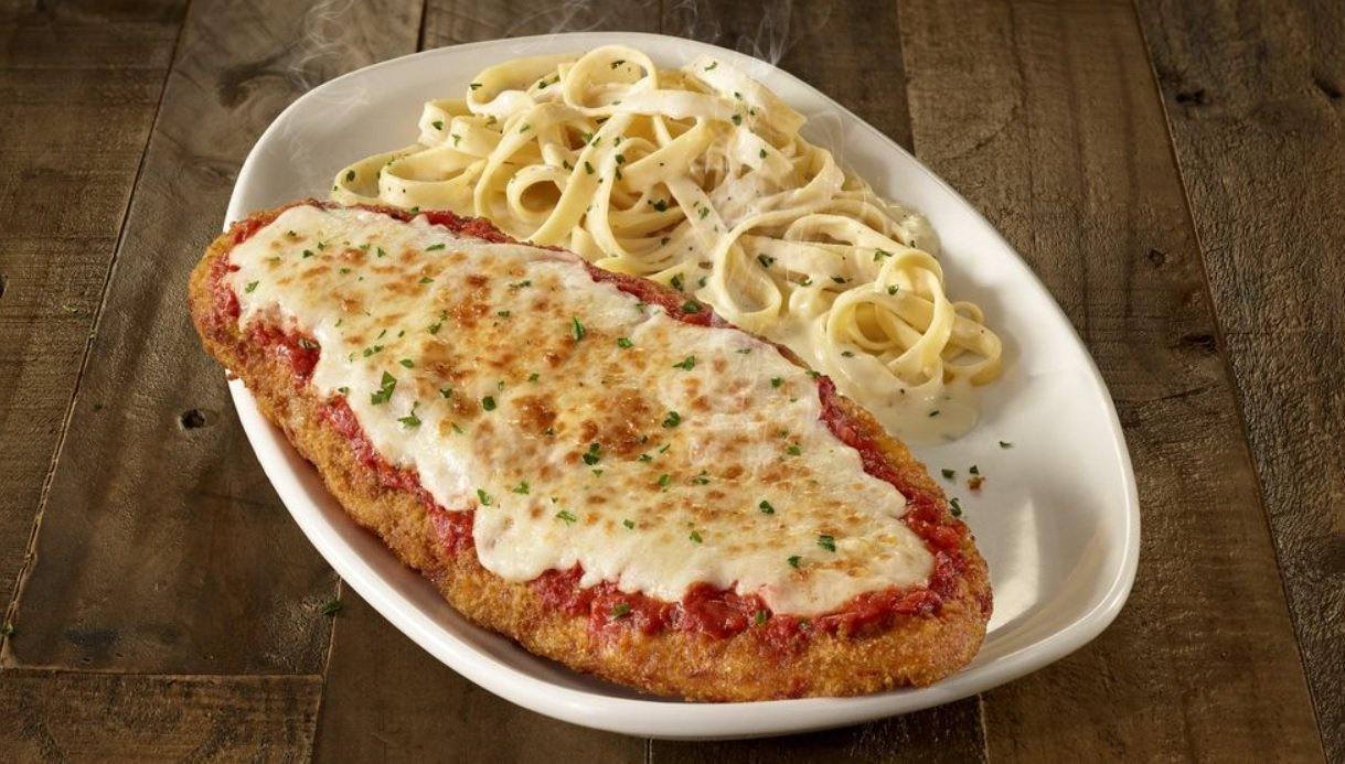 Olive Garden Introduces New Giant Italian Classics Menu The Fast