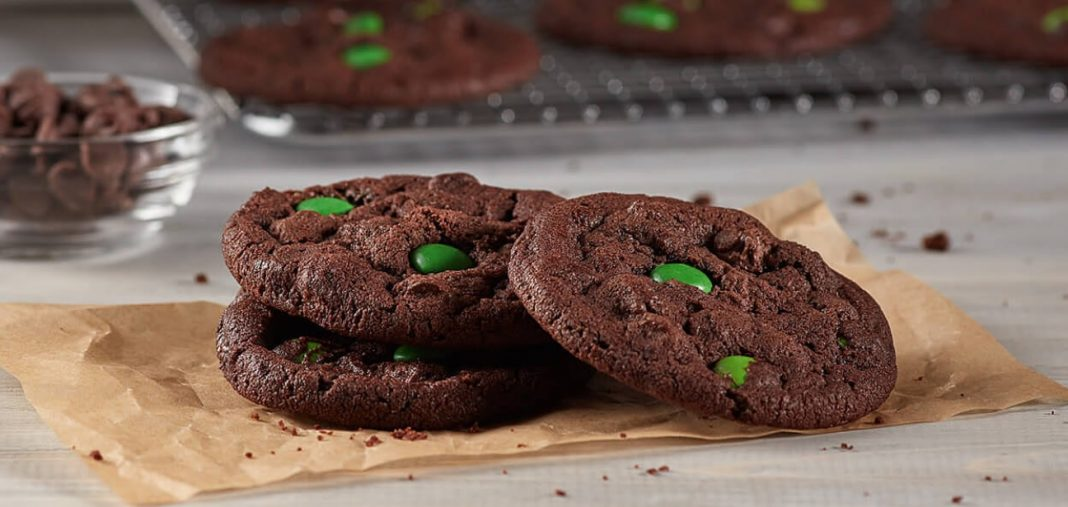 3-piece order of Zaxby's new Cosmic Chocolate Cookies