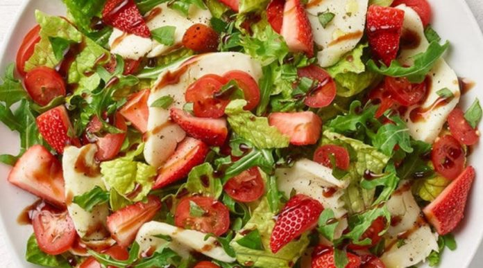 Panera Bread new Strawberry Caprese Salad