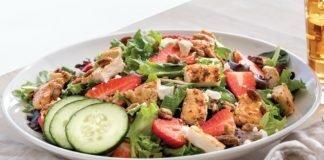 Slim Chickens Offers New Grilled Chicken Strawberry Salad