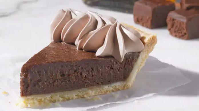 Popeyes Adds New Bourbon Fudge Pie