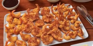 Red Lobster Welcomes New Shrimp Lover's Holiday And Chilled Holiday Seafood Platters