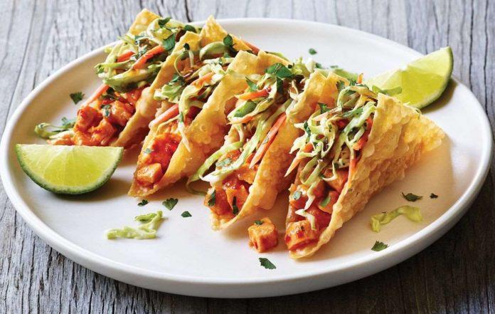 Chicken Wonton Tacos Are Back At Applebee's