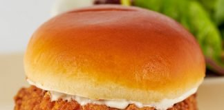 The Cheesecake Factory Introduces New SkinnyLicious Crispy Chicken Sandwich And New Impossible Burger